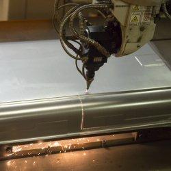 Laser-cut-close
